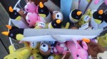 フンボルトペンギンスクーターが活躍している動物園の売店で出会った「長細ペンギン」です(^○^)!!